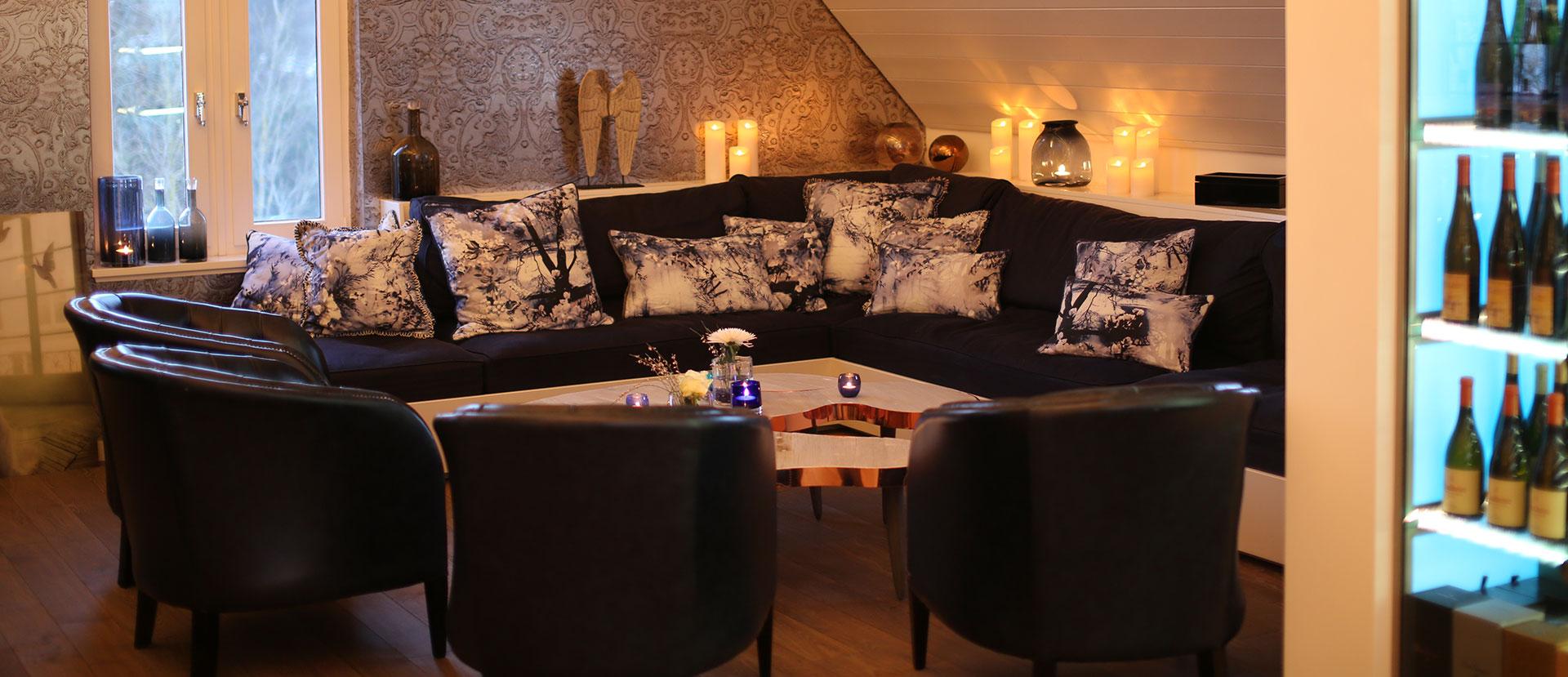 Loungebereich im Kitchen Club in Dagobertshausen