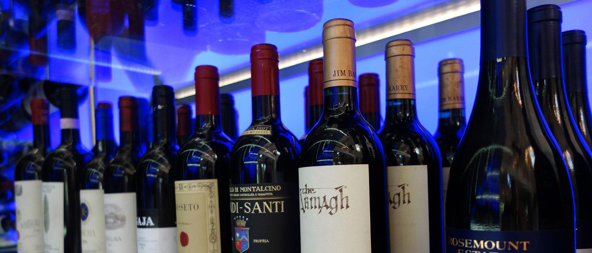Weinauswahl im Kitchen Club in Dagobertshausen